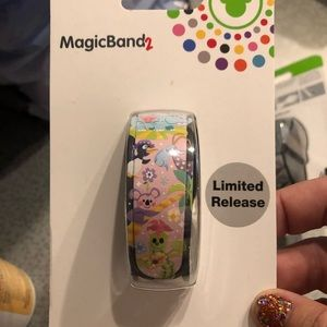 Disney its a small world Magicband limited release